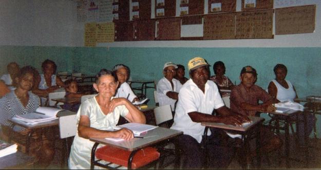 itinga - alunos em sala 02 - cor